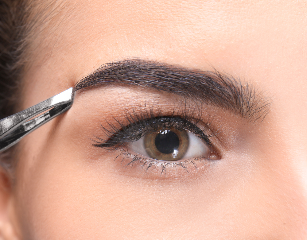 Lash and Brow Tinting in Houston