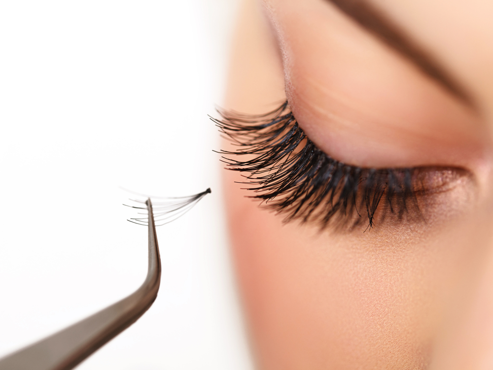 Save Your Prep Time with Eyelash Extensions
