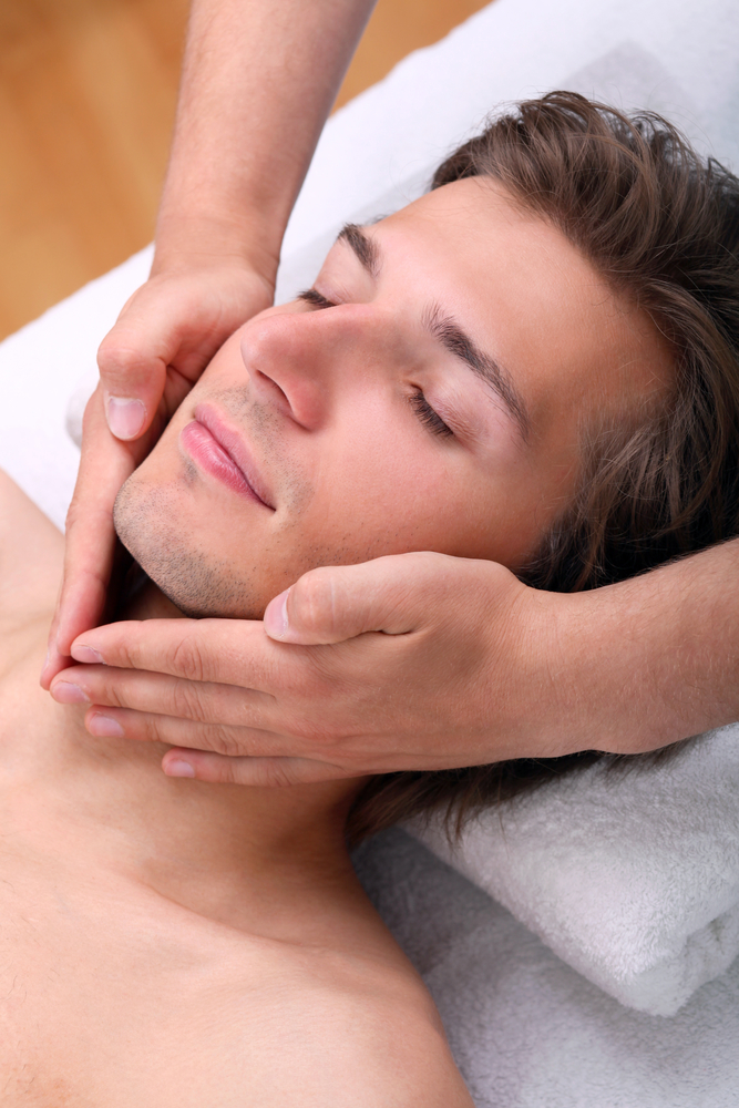 Facials For Men: A Beginner's Guide