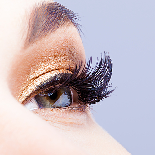 Enhance Your Eyes With Eyelash Extensions