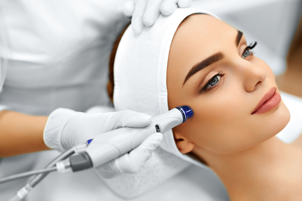 Exfoliate Your Skin With Microdermabrasion