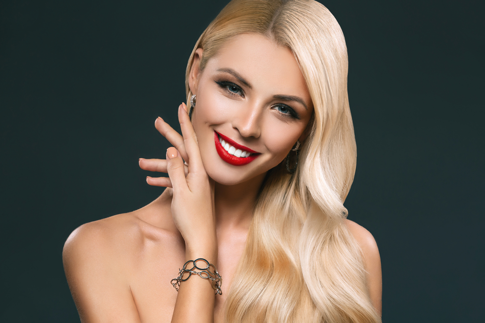 4 Tips for Caring for Blonde Highlights