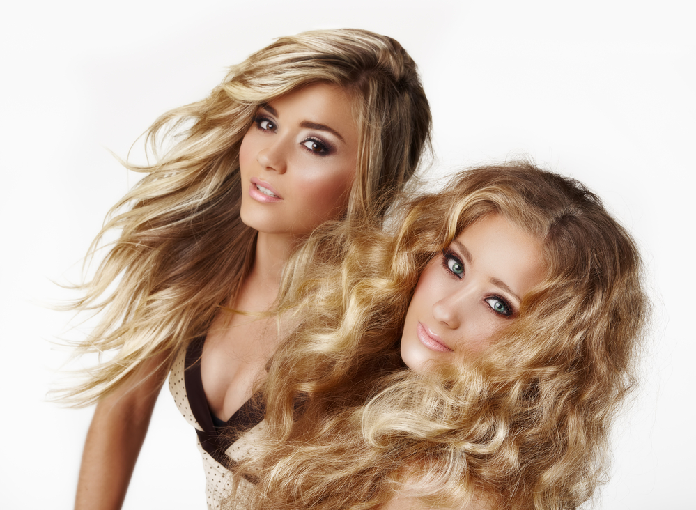 Get the Look of Beachy Waves with a Blonde Balayage