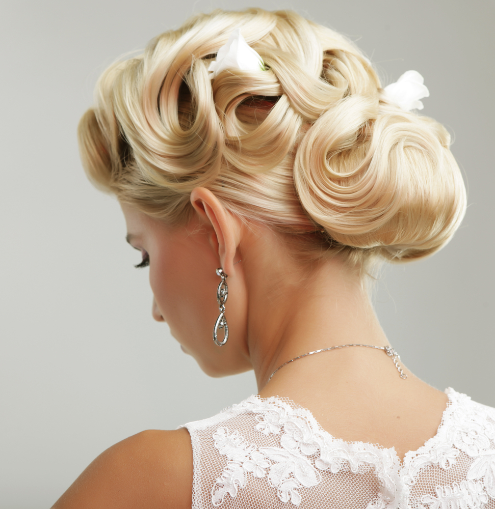 Onsite Bridal Services for the Whole Bridal Party