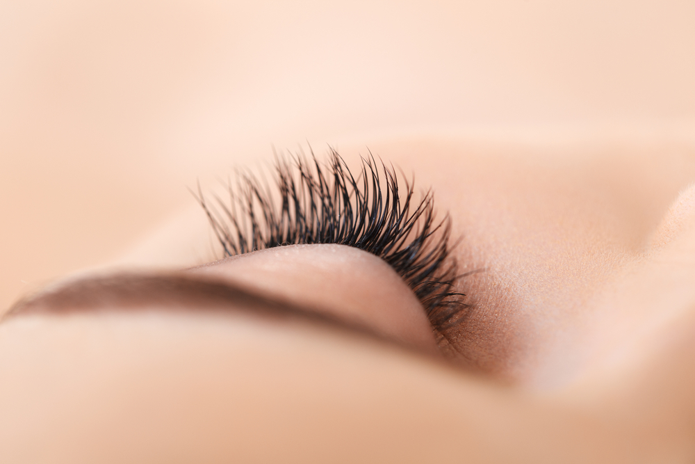 Stand Out from Your Face Mask with Eyelash Extensions