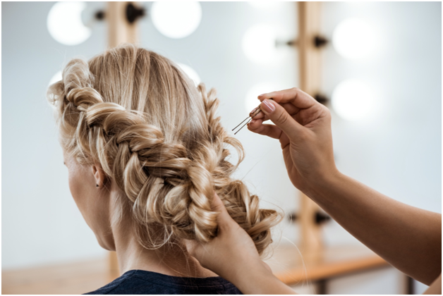 Holiday Party Hairstyles Everyone Will Envy