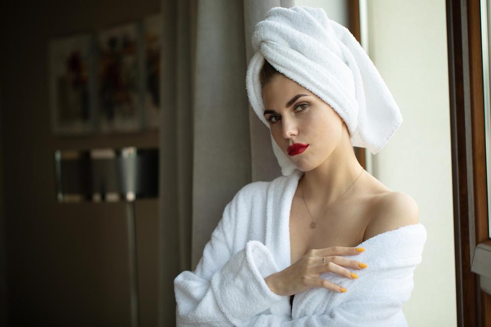 Naturally Air Dry for Healthy Hair - D'Ametri's Salon