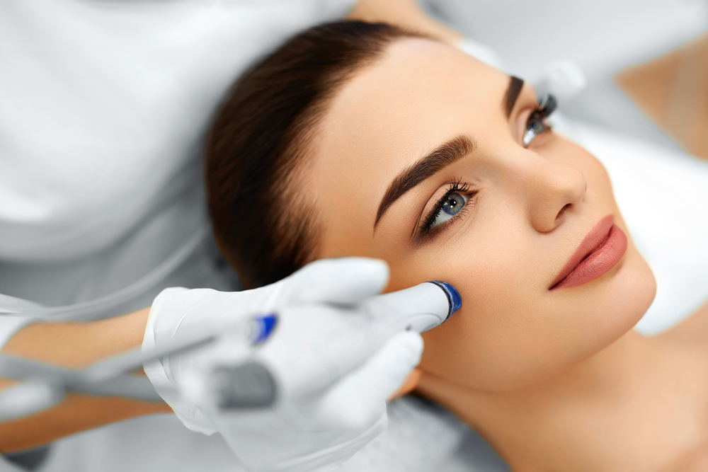 Why Everyone is So Obsessed with HydraFacials! - Utopia Salon and Spa