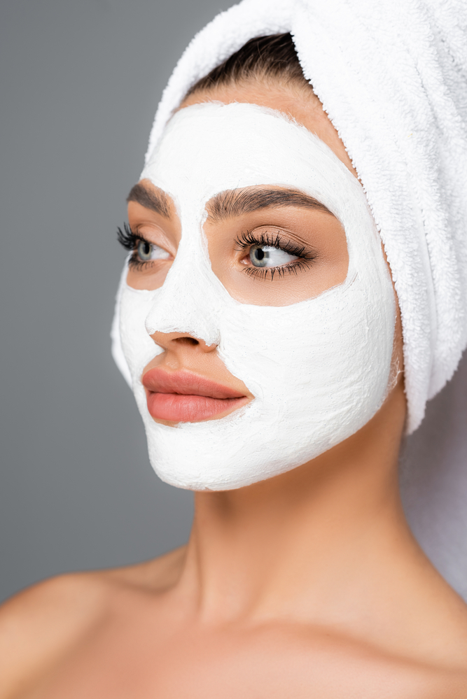 Take Special Care of Your Skin with a Spa Facial