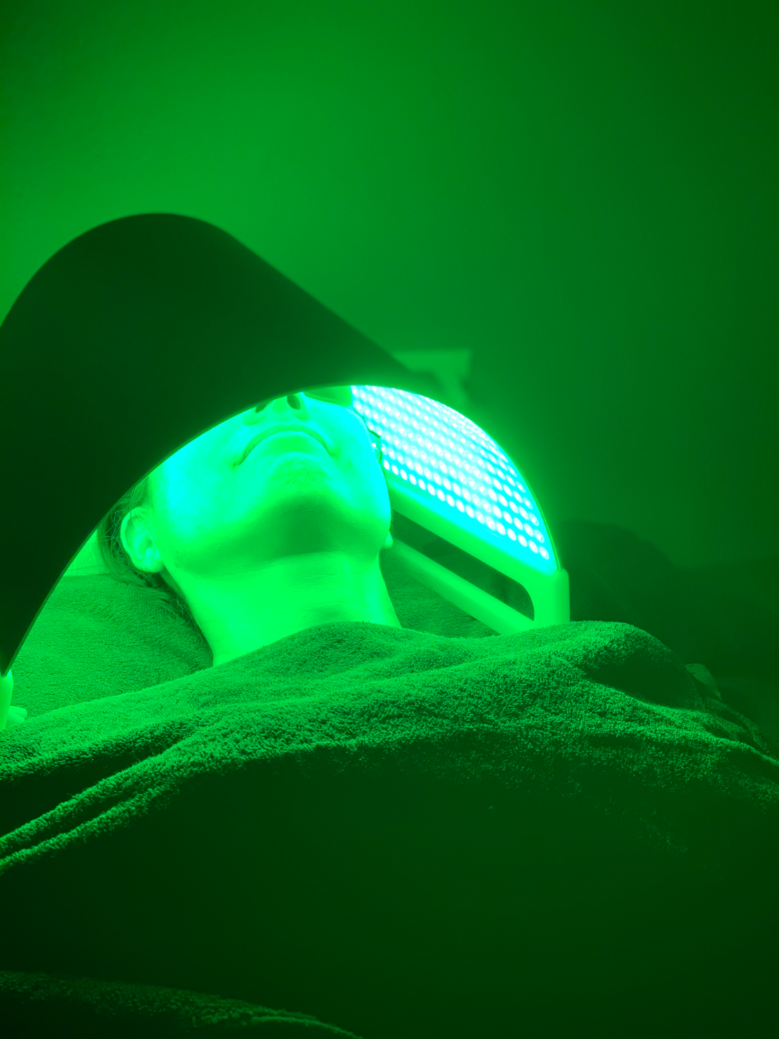 How LED Light Therapy Can Help Your Skin