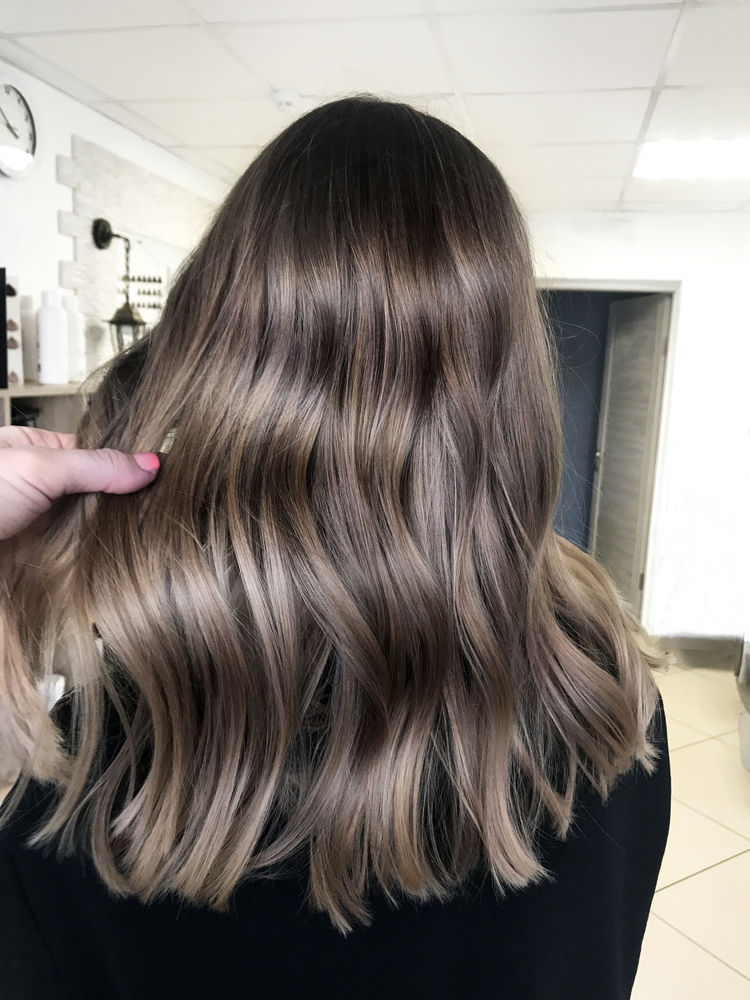 Brighten Up Your Summer Style With Highlights