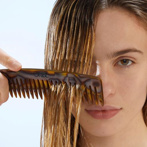 Wash Away Tangles -  Introducing Run-through Detangling Shampoo