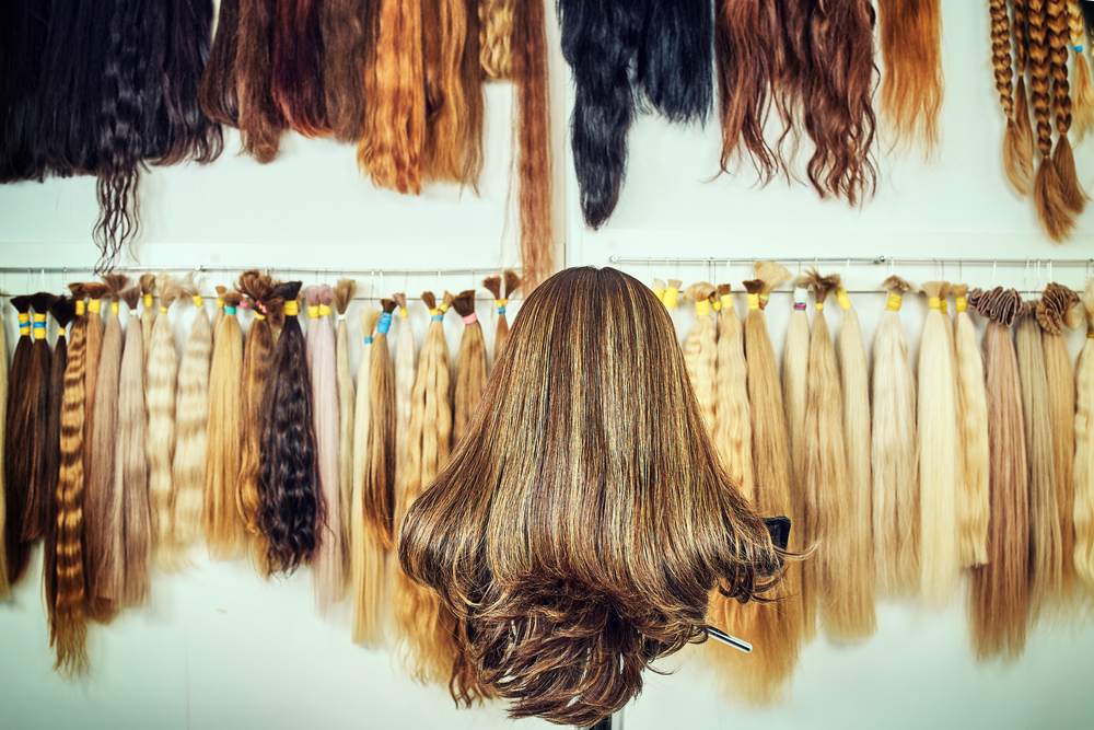 What's the Difference Between Handmade and Synthetic Wigs?