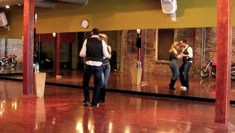 Four Techniques to Spice Up Your Bachata Basic