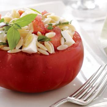 caprese-salad-stuffed-tomatoes