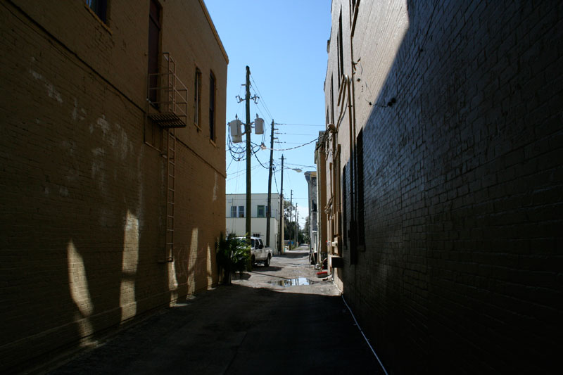 Day 34 – Dark alleys in Sanford are not always as dark as they seem