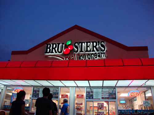 day 281 - brusters ice cream in lake mary fl