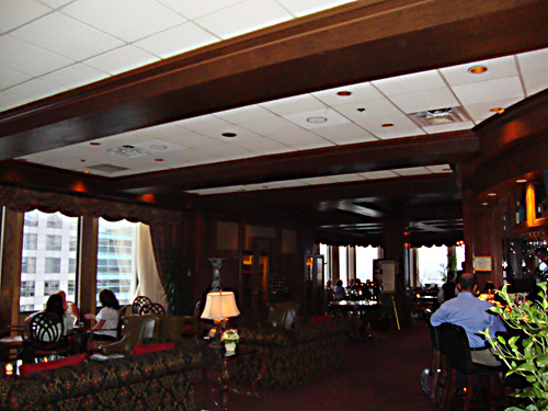 Inside the Citrus Club