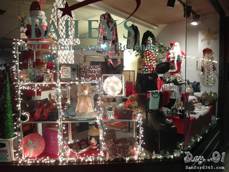 Day 91 – Holiday Showcases