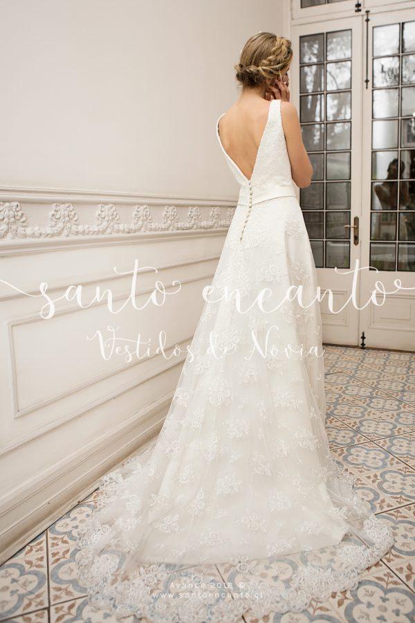vestido de novia clásico escote v