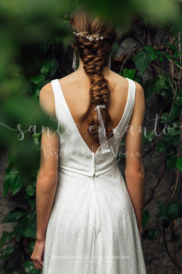 Vestido de novia clásico con pedrería