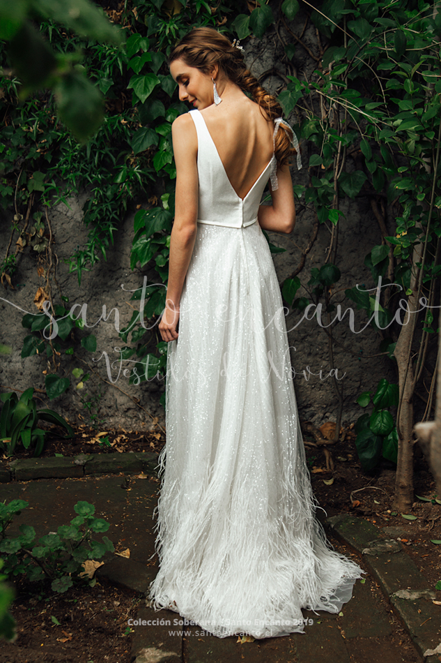 9ba75609d Mariana • Vestidos de Novia Santo Encanto