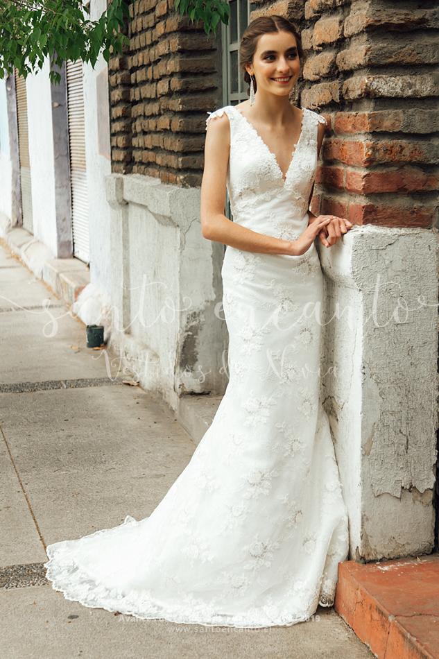 84f900a21f Natalie • Vestidos de Novia Santo Encanto