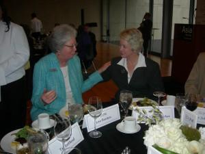 Atlanta's Beth Schapiro visits with Houston Mayor Annise Parker