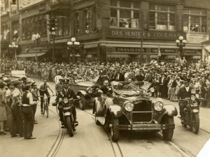 On October 11, 1927, aviator Charles Lindbergh paraded through Atlanta. He later deliver a message on the commercial potential of aviation to a crowd of 20,000 people. Courtesy of Atlanta History Center Archives
