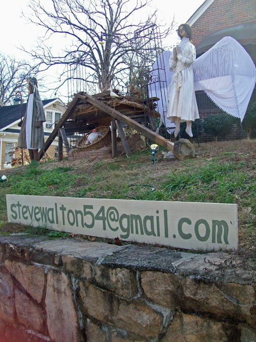 photo of Steve Walton's nativity display
