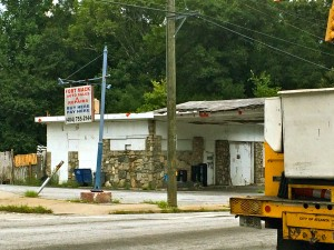 This shuttered business across Campbellton Road from Fort McPherson is little changed in appearance since 2012. Credit: Donita Pendered
