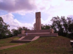 Fannin Memorial to those who died at Coletto Creek and La Bahia. Photo by Joseph H. Kitchens