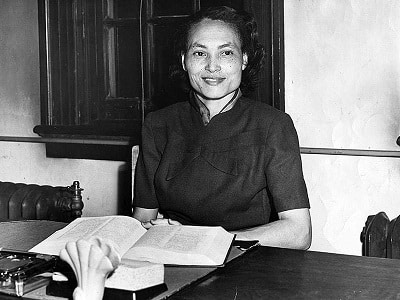 Librarian Annie L. McPheeters was one of the women who developed the library's core Negro History Collection. Courtesy of Archives Division, Auburn Avenue Research Library on African American Culture and History, Atlanta-Fulton Public Library System. Photograph by Lane Brothers