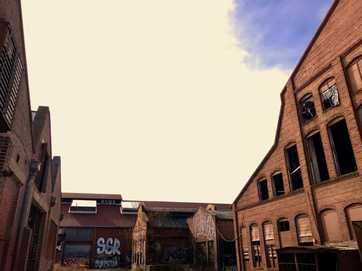 Pullman Yard, b