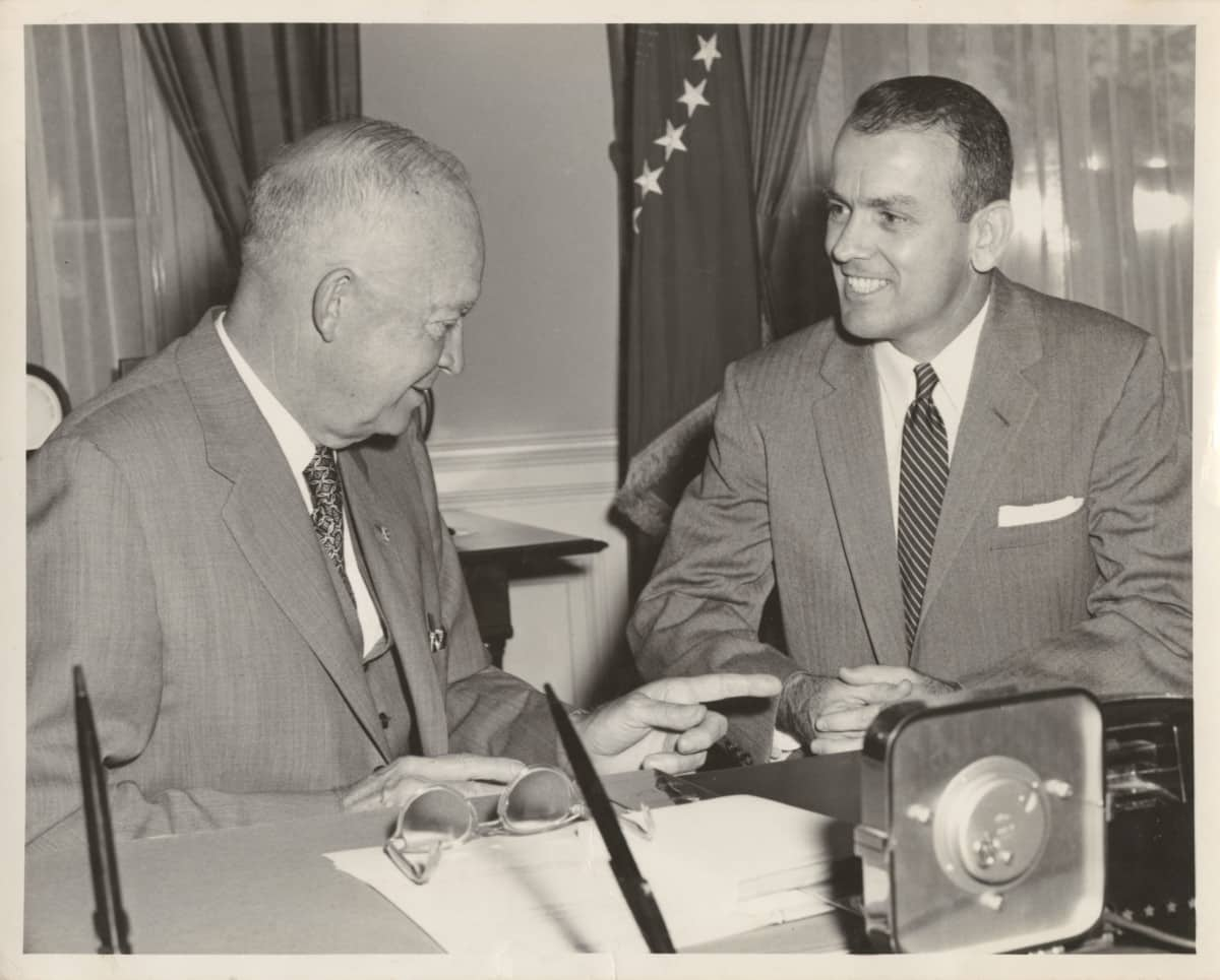 Randolph Thrower with President Eisenhower in the Oval Office. (Emory University)