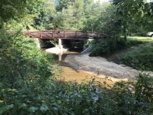 Windsor Meadows Park, bridge