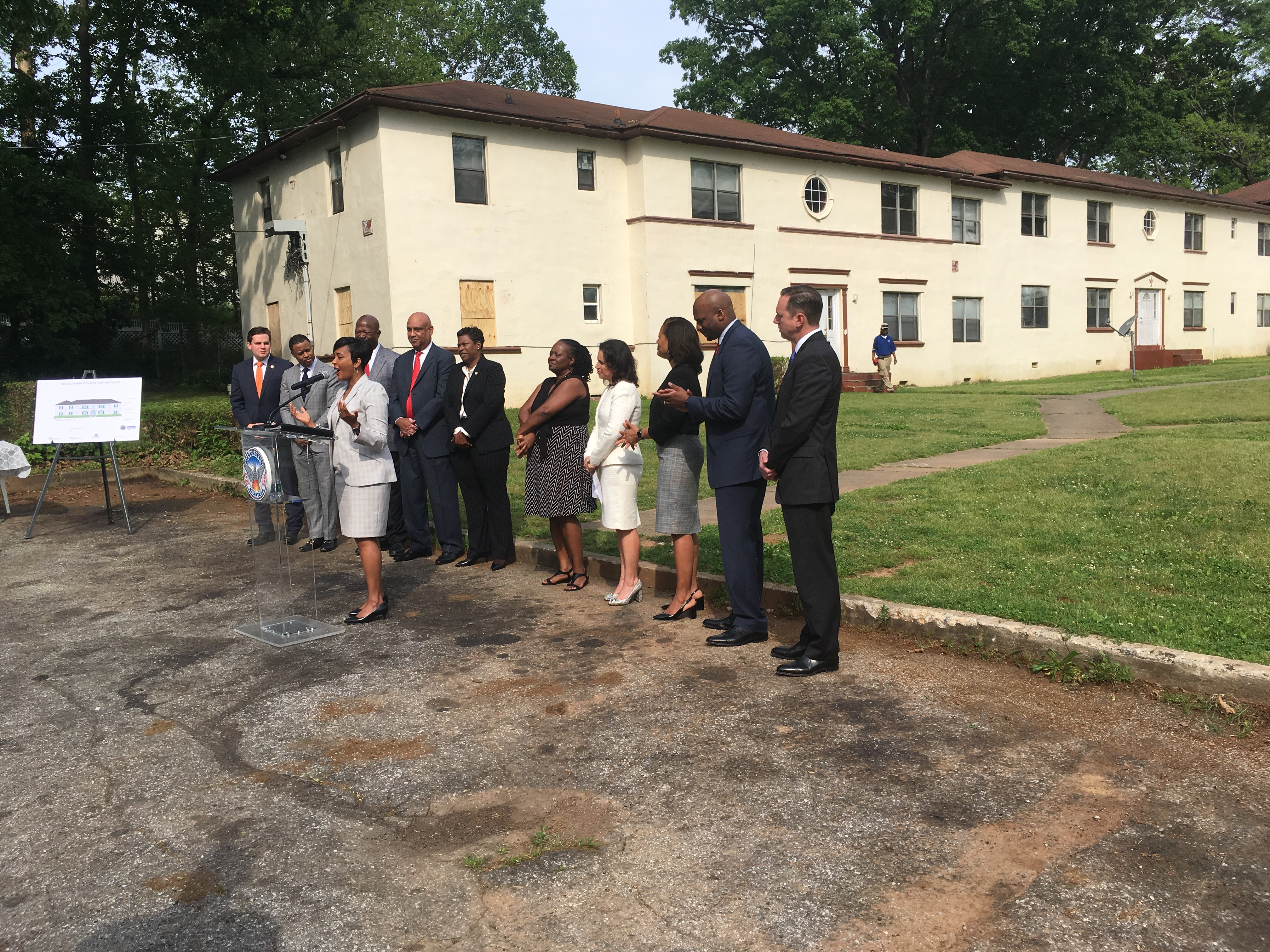 Atlanta Mayor Keisha Lance Bottoms (at podium) and other city leaders at a press conference at Capitol View apartments in Adair Park on April 25, 2019. Credit: Maggie Lee