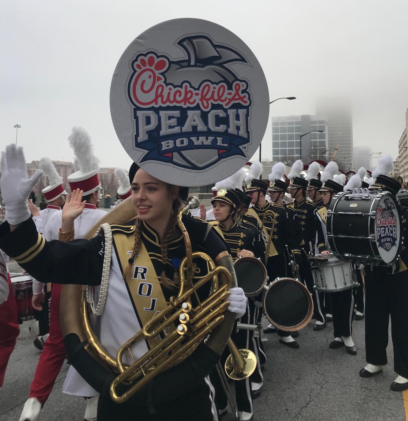 Peach Bowl Parade 2019.10
