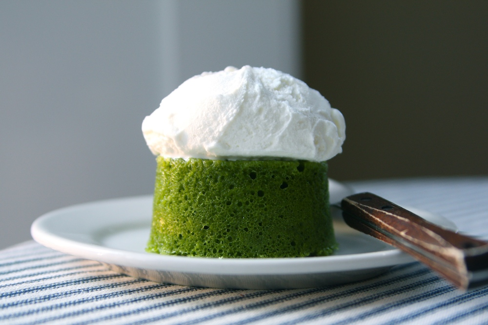 vegan matcha cake azuki frosting recipe conscious. Black Bedroom Furniture Sets. Home Design Ideas