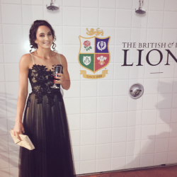 Laura Wright wears Sassi Holford 'Lisbon' at British & Irish Lions Gala Dinner in New Zealand