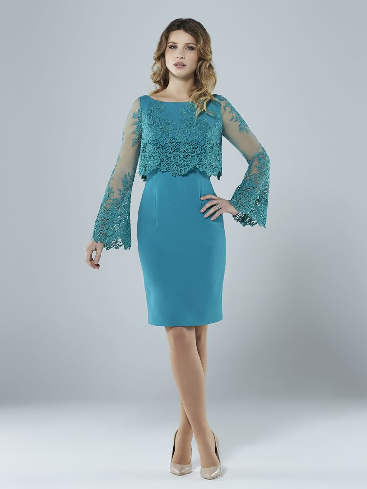 Lace overlay dress with wide sleeves