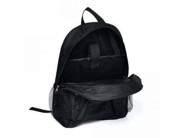 Mochila preta em polyester c/ compartimento para Notebook - Welf - 1