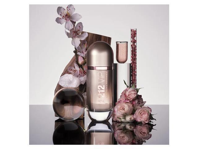 Perfume Carolina Herrera 212 VIP Rosé Eau de Parfum Feminino 50ML - 4