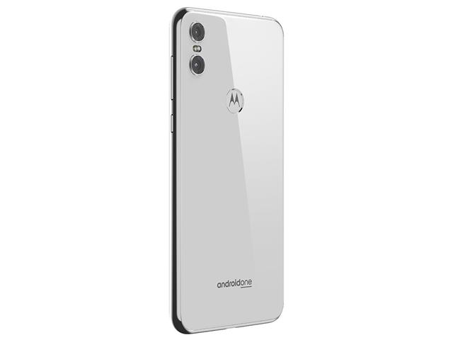 "Smartphone Motorola One 64GB Dual Tela 5.9"" 4G Câmera 13 + 5MP Branco - 7"