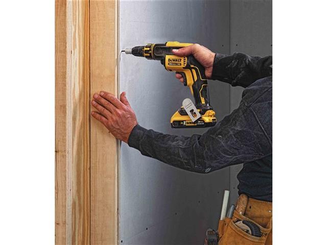 "Parafusadeira Drywall DeWalt Brushless 1/4"" c/ 2 Baterias 20V 2Ah - 6"
