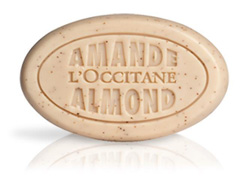 Sabonete Esfoliante Amêndoa LOccitane en Provence 50g