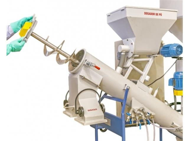 MÁQUINA TS ON FARM SEED MIX VHM 4/10T OF 1D150L C/DP 220T60 - 4