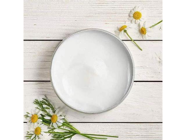 Creme de Limpeza Facial e Demaquilante The Body Shop Camomila 90ML - 3