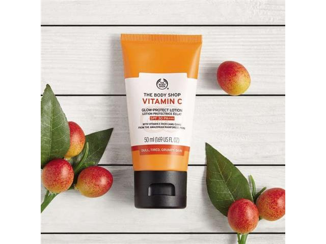Loção Hidratante Facial The Body Shop FPS 30 Vitamina C 50ML - 2