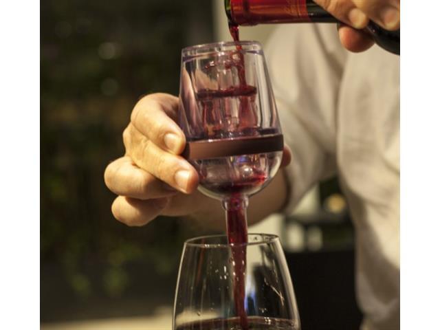 Aerador de Vinhos Prana Wine Aerator Formato de Taça